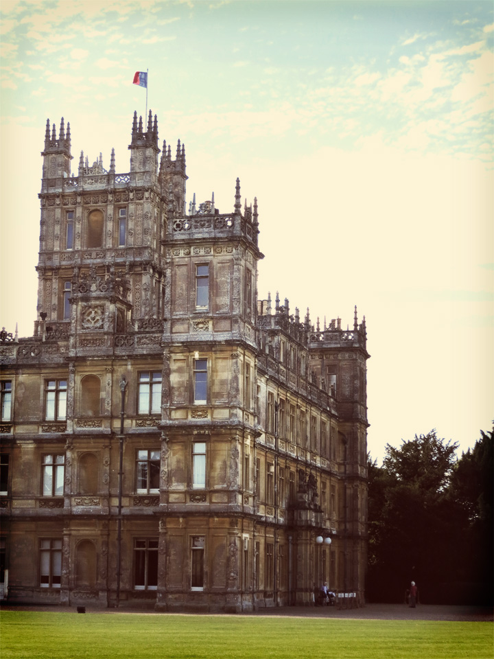 What is a weekend my visit to downton abbey sharp keen for Downton abbey tour tickets