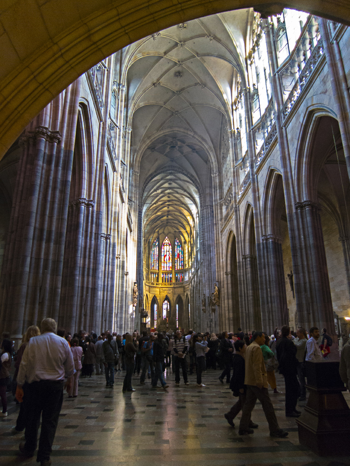10_St-Vitus-Cathedral-Interior