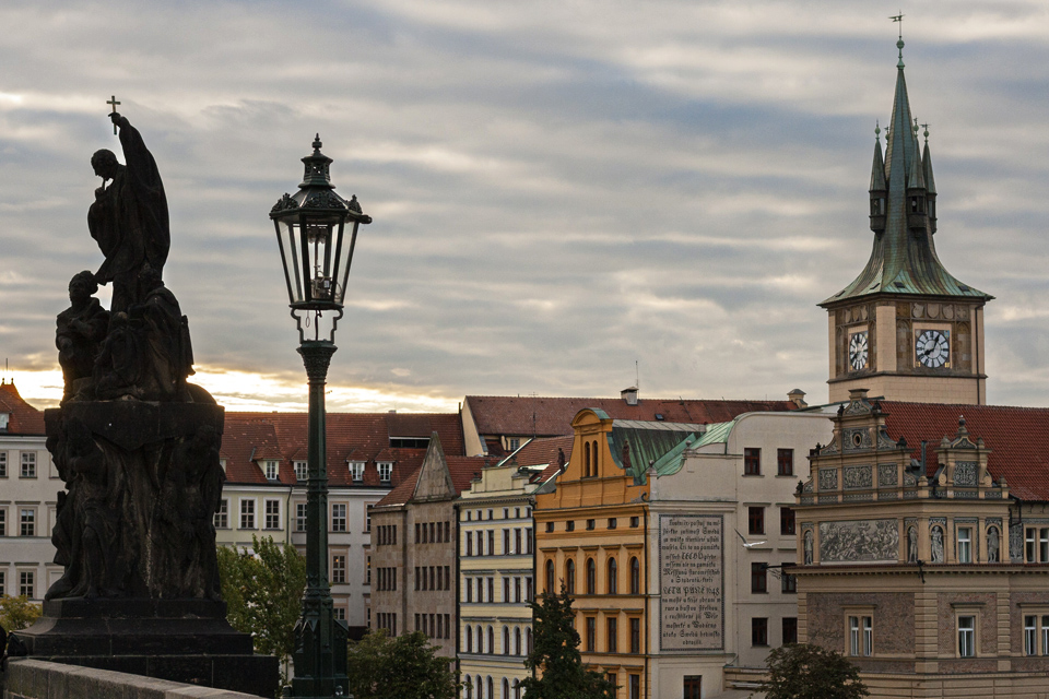 10_View-Charles-Bridge-Prague
