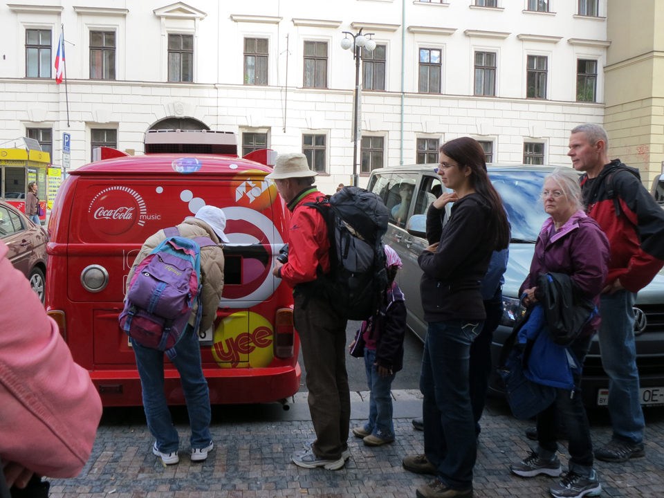15_Coke-Van-Dispenser-Prague