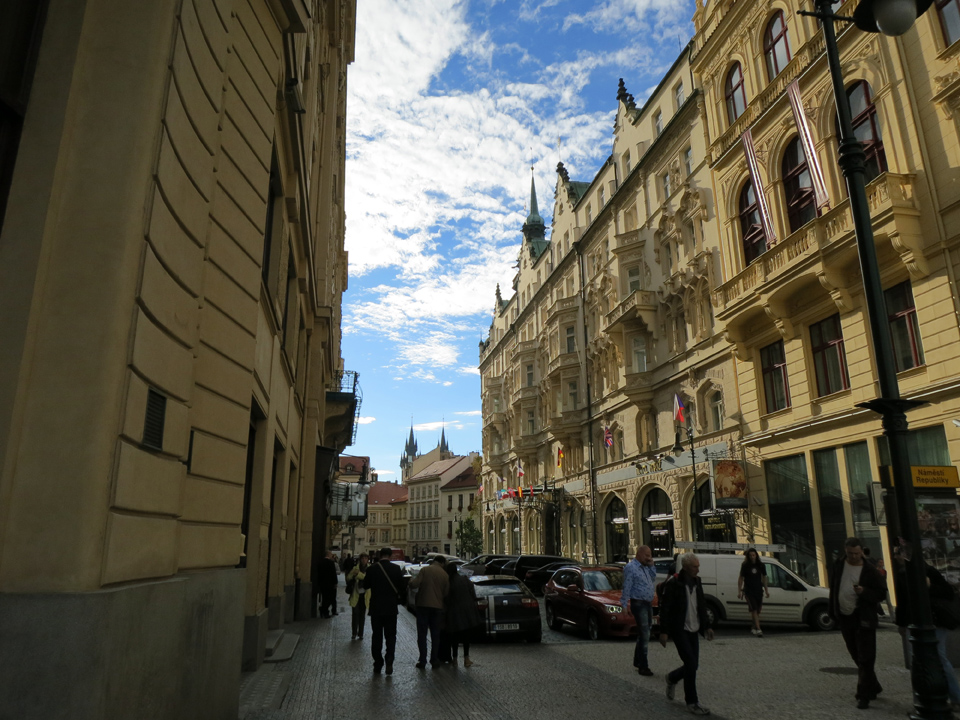 15_Street-in-Prague