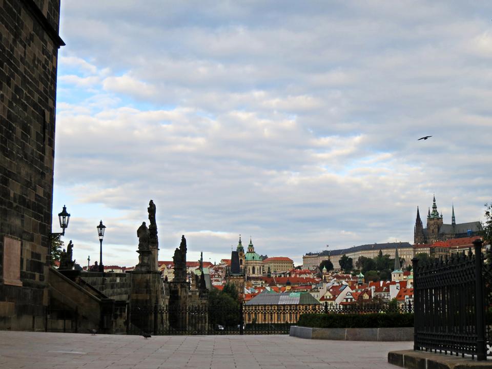 17_Prague-rooftops
