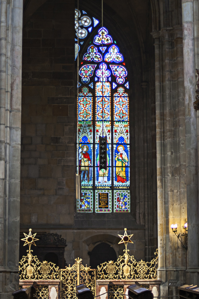 17_St-Vitus-Cathedral-Prague-interior