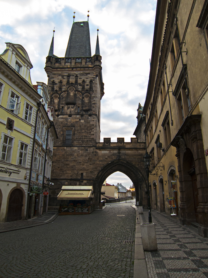 1_Walking-to-Charles-Bridge-Prague