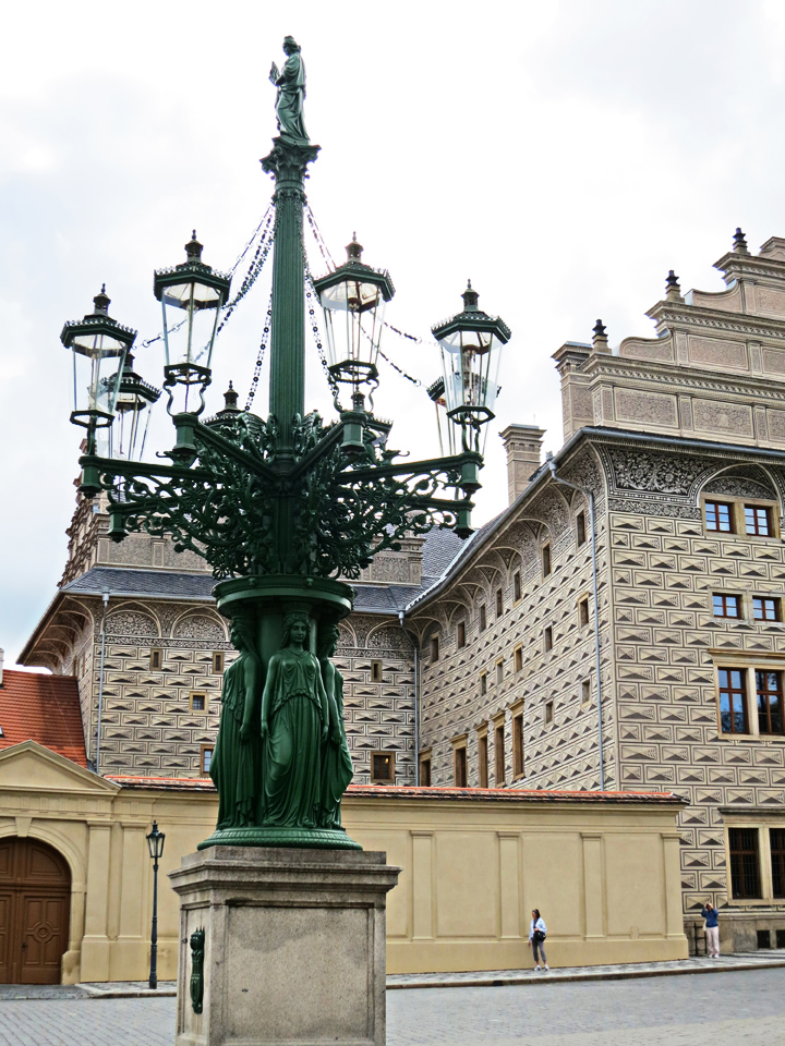 2_Ornate-Lamp-Post-Prague-Castle