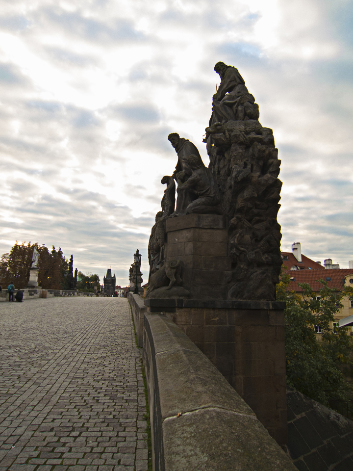 3_Sculpture-Charles-Bridge-Prague
