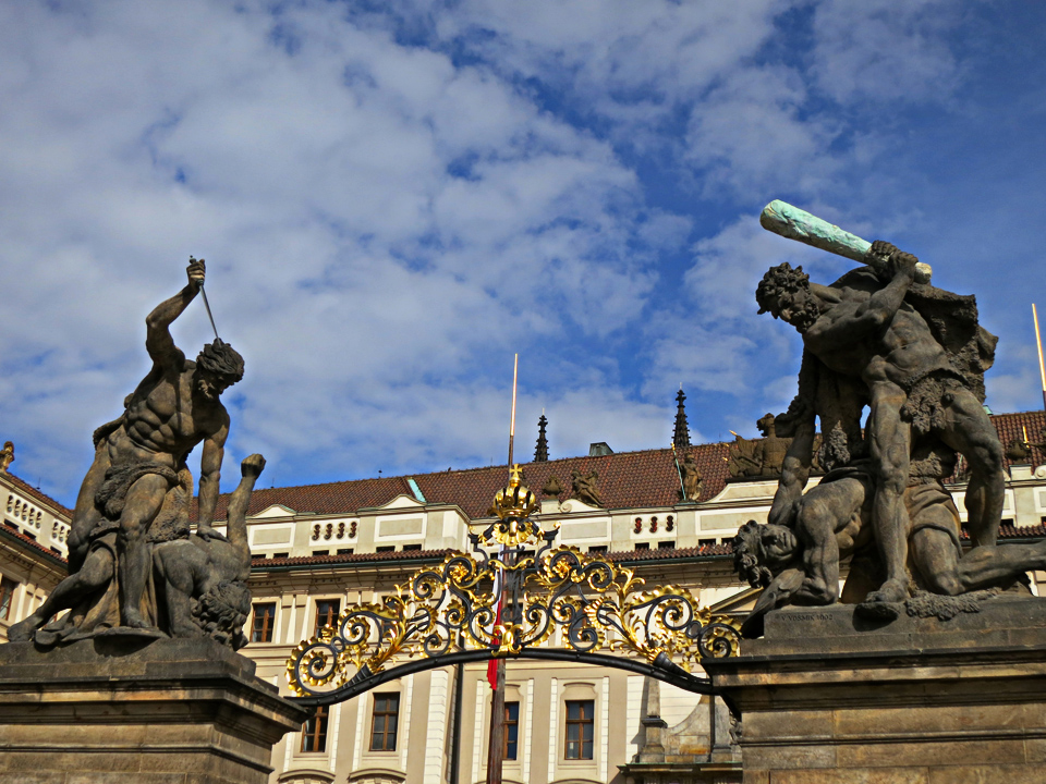 5_Prague-Castle-Gates