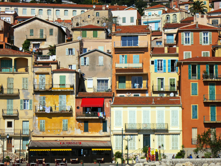 11_Colorful-buildings-Villefranche-sur-mer