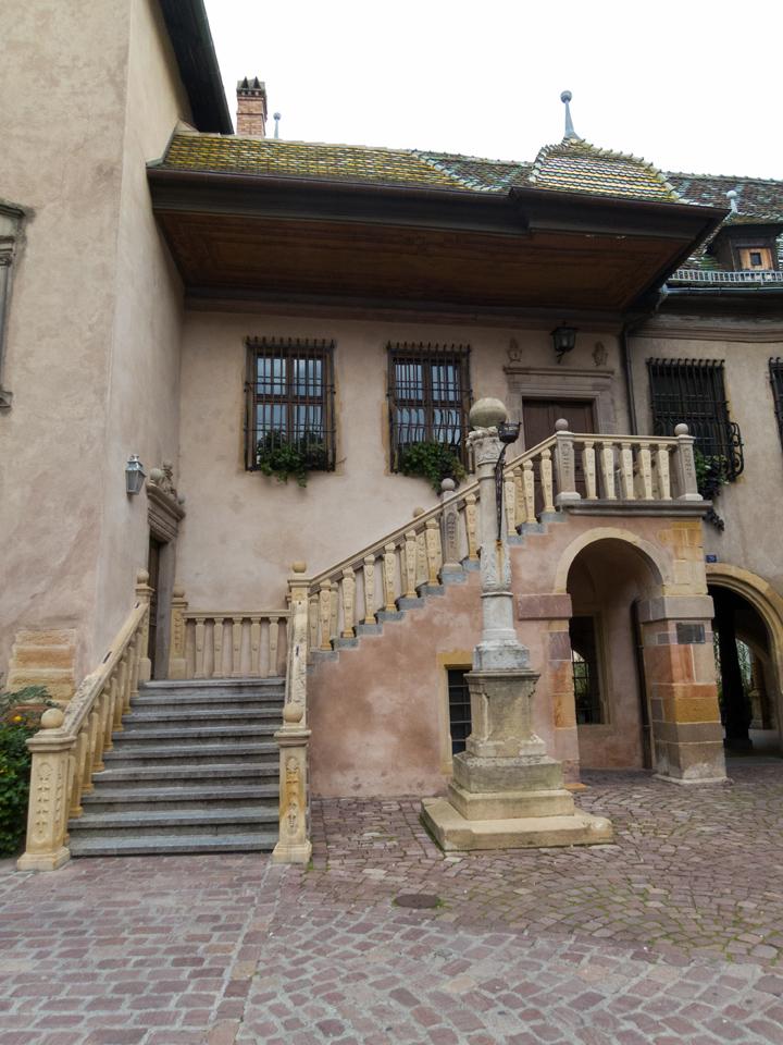 15_Colmar-beautiful-steps