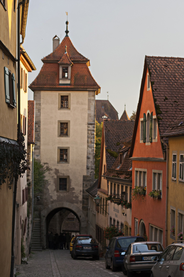 16.75_lower-tower-Rothenburg-ob-der-Tauber