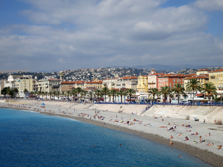 18_Sunbathers-Nice-France
