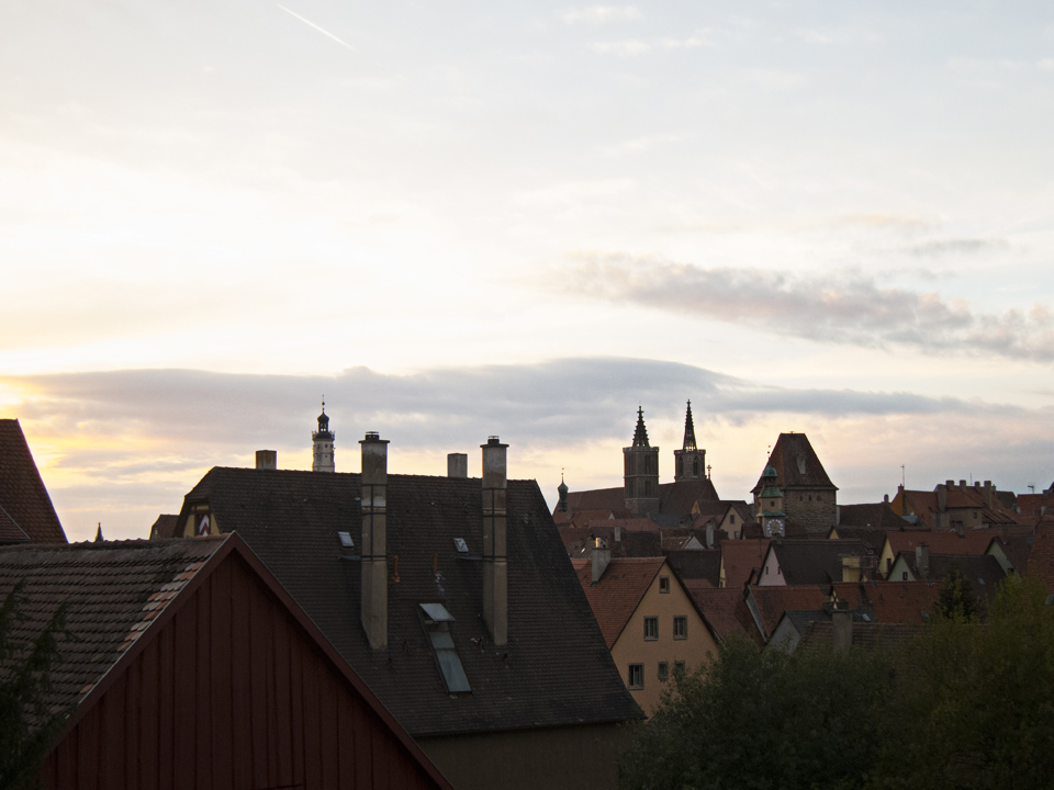 22_Rooftops-of-Rothenburg-ob-der-Tauber