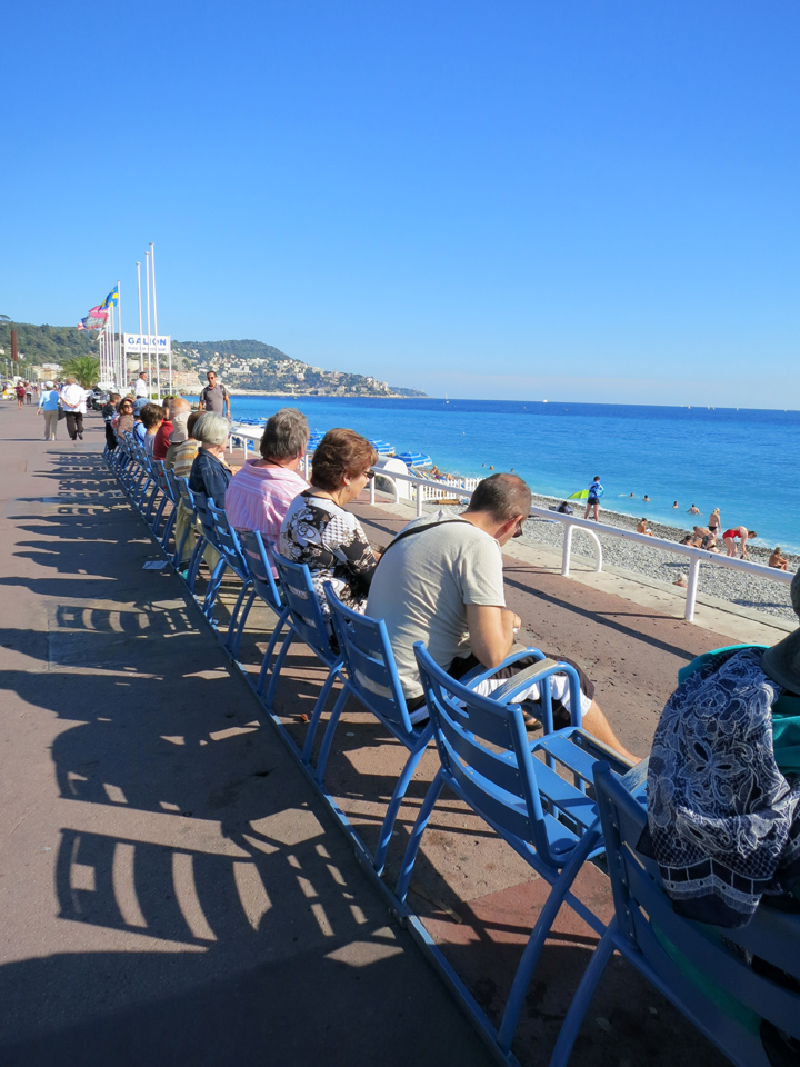 3_Beach-Chairs-Nice-Mediterranean