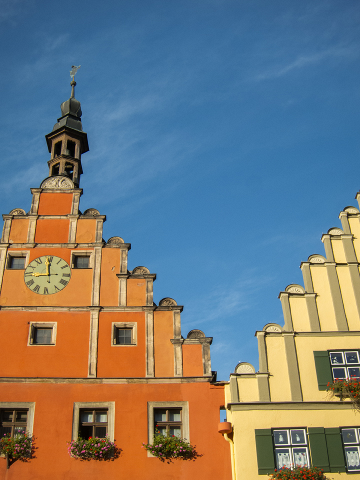 4_Dinkelsbuhl-Orange-Yellow-Buildings