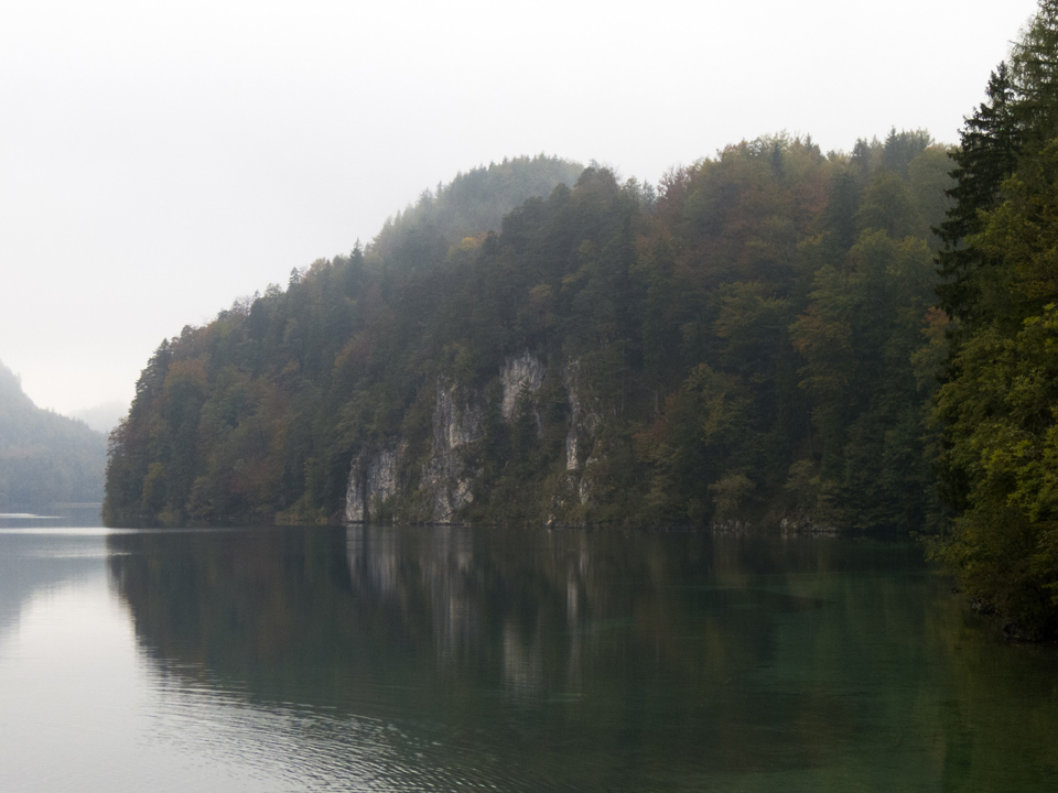7_Alpsee-cliffs-clear-water-Bavaria-Fussen