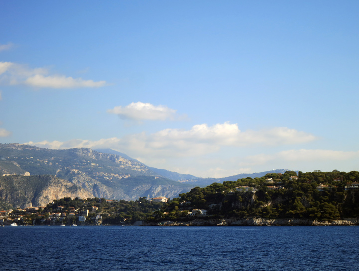 7_Mountains-Nice-France