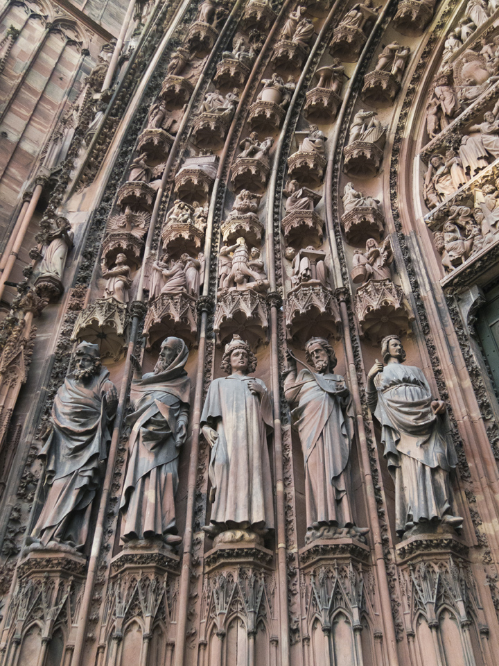 9_Strasbourg-Cathedral-saints
