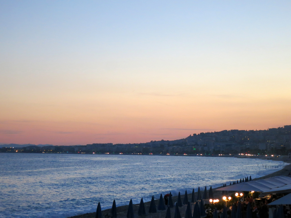 9_Sunset-Nice-Mediterranean-Beach