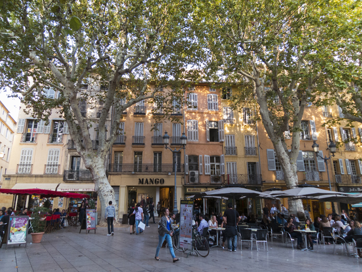 11_Outdoor-cafes-Aix-en-Provence