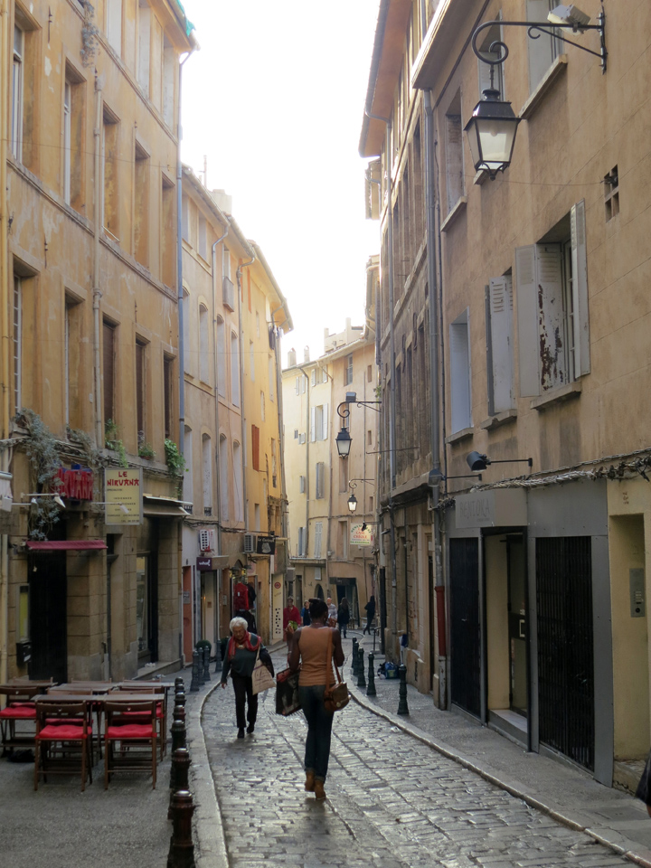15_Another-Aix-en-Provence-Street