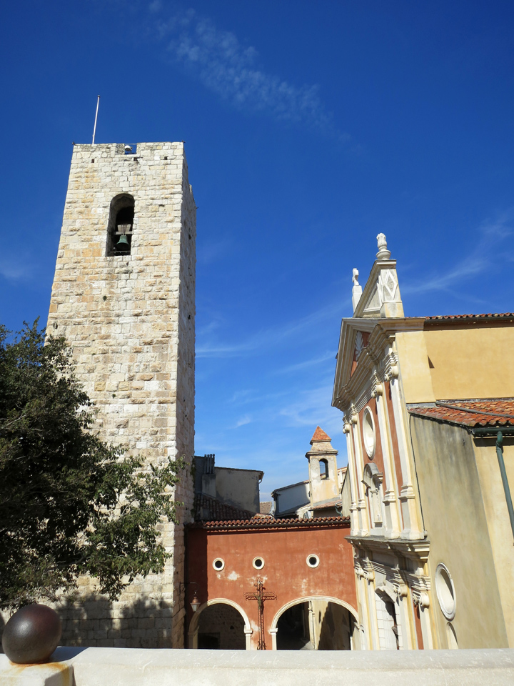 5_Antibes-France-Church