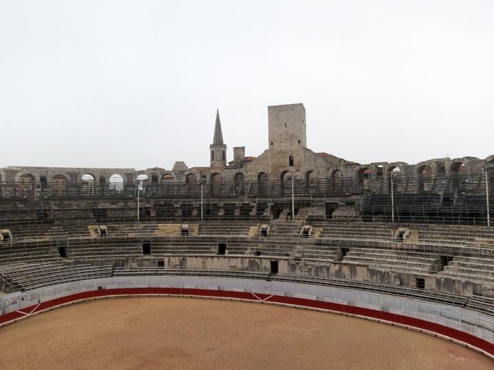 5_Arles-Arena-Interior