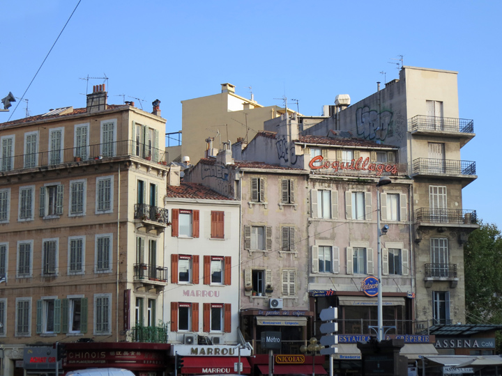 5_Buildings-in-Marseille