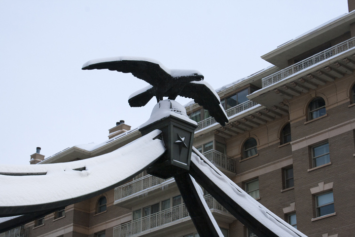 8_Close-up-Eagle-Gate-SLC