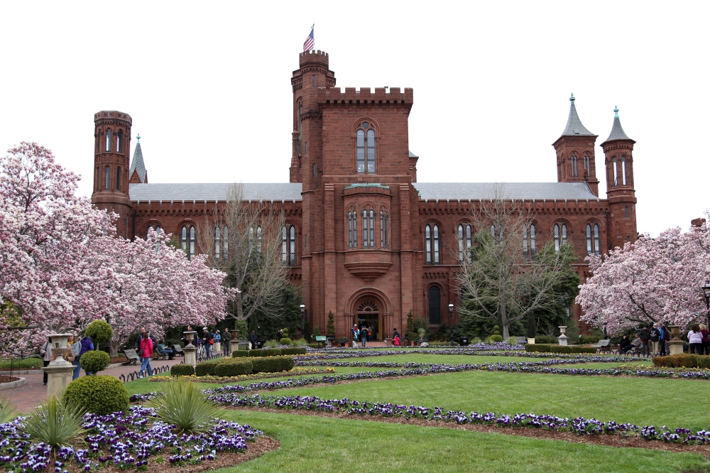 Smithsonian-Castle