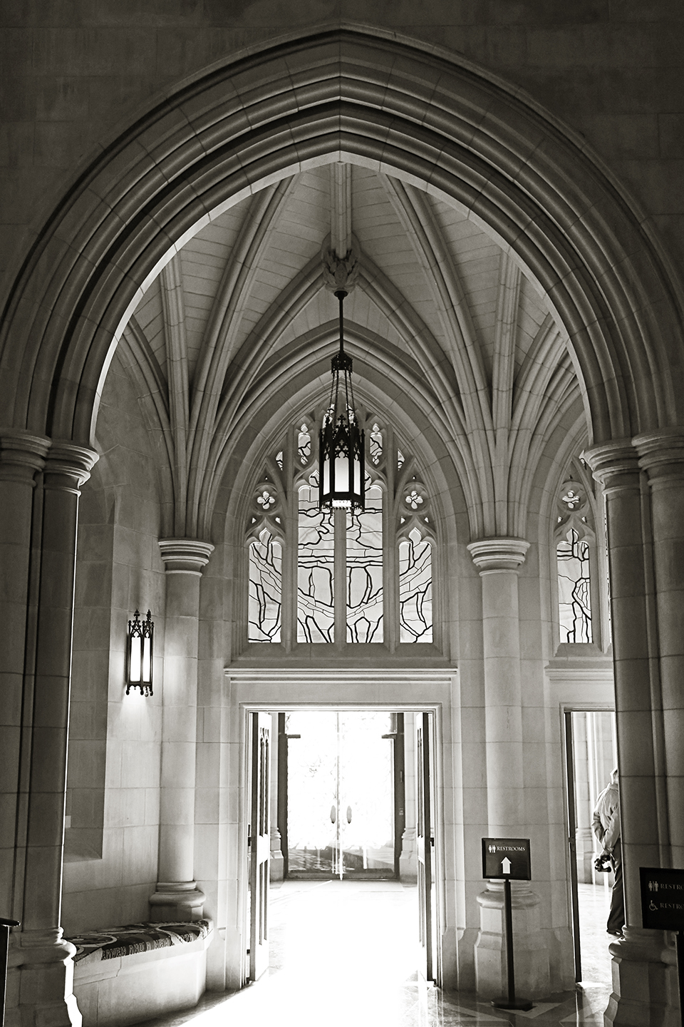 12_National-Cathedral-Doorway
