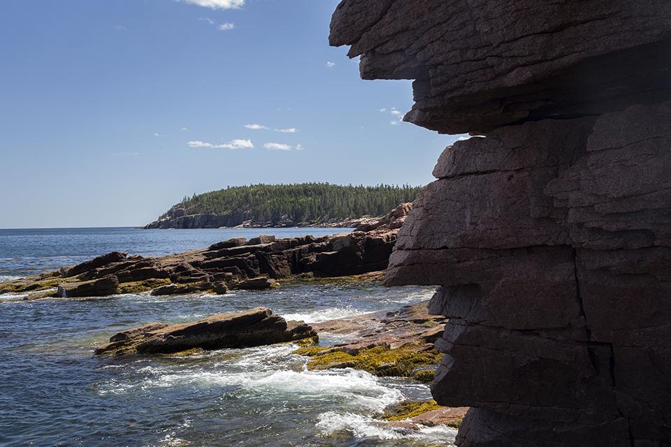 Thunder-Hole-Rocks-Acadia-National-Park