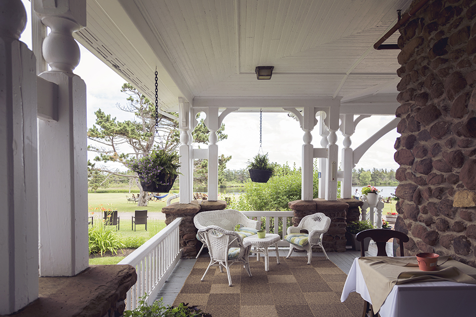 Dalvay-by-the-Sea_Veranda