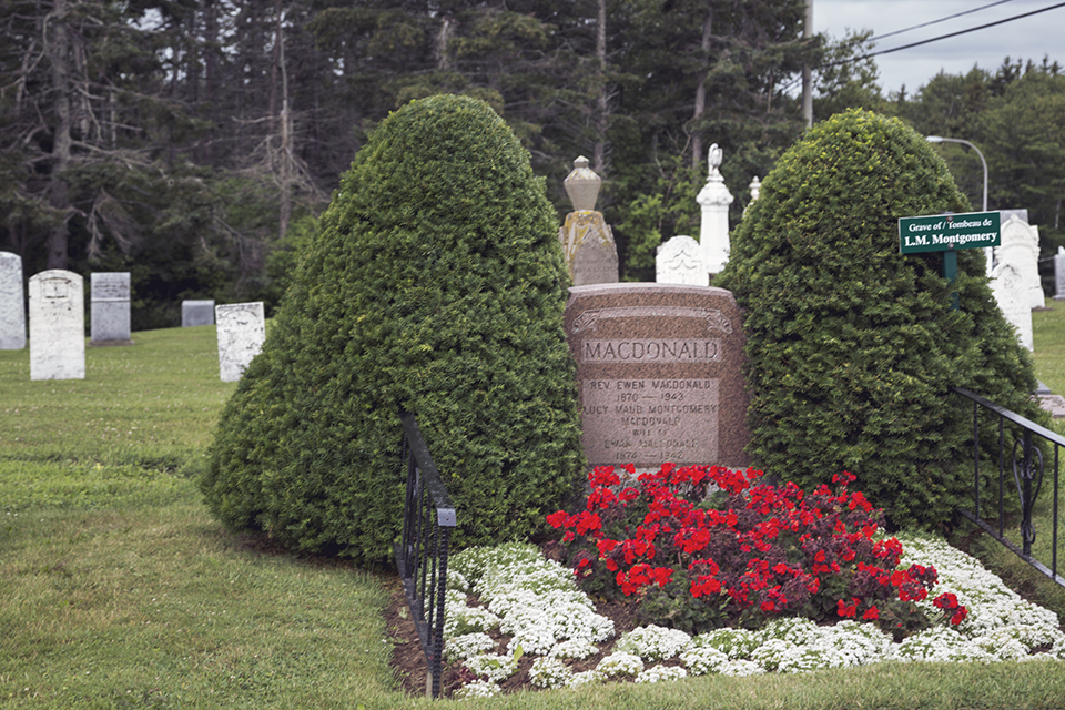 LM-Montgomery-Grave