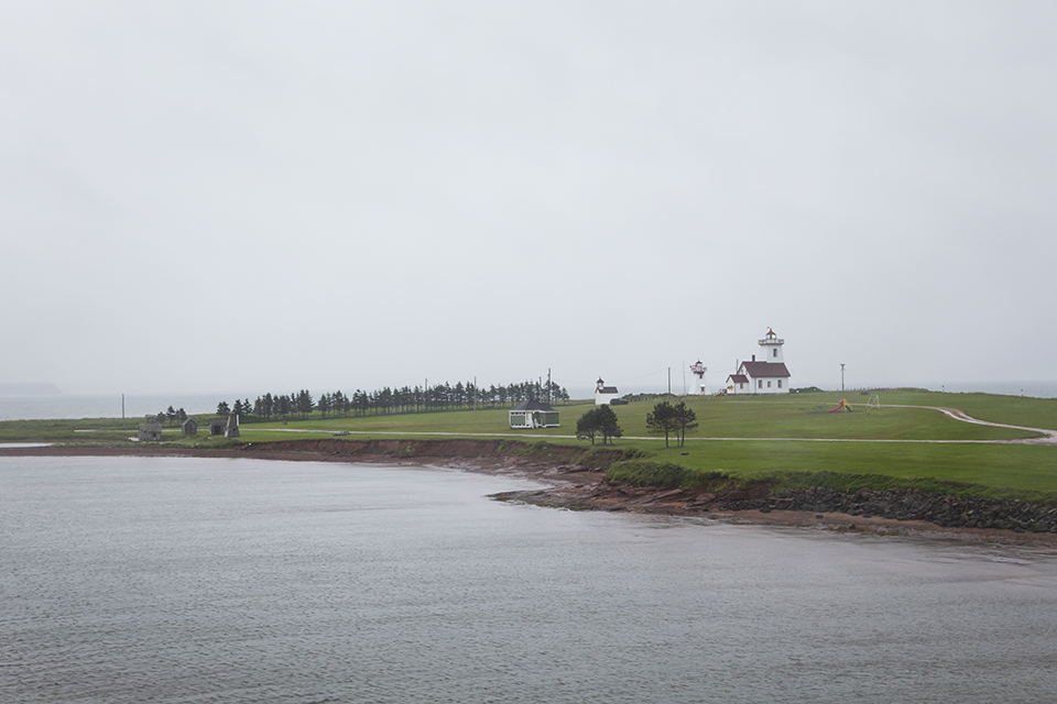 Wood-Islands-Ferry-Lighthouse