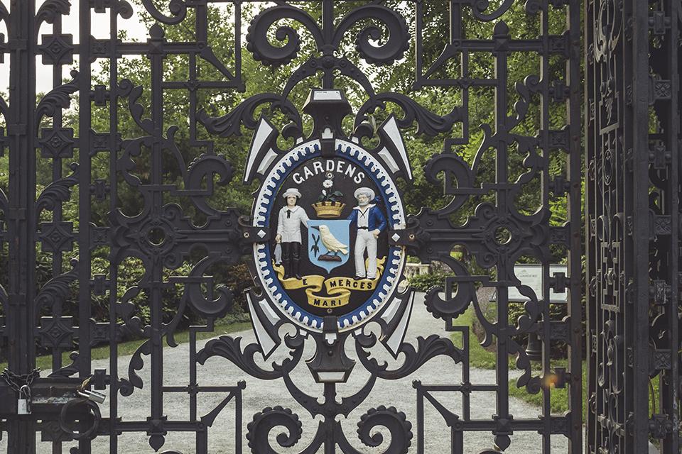 Halifax-Gardens-Fence