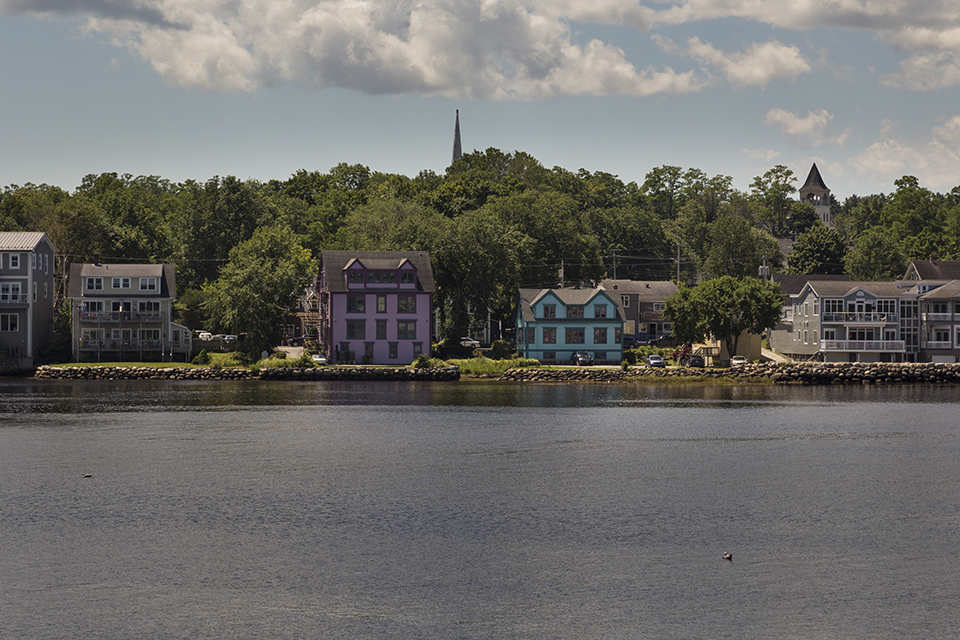 Colorful-Houses-Mahone-Bay