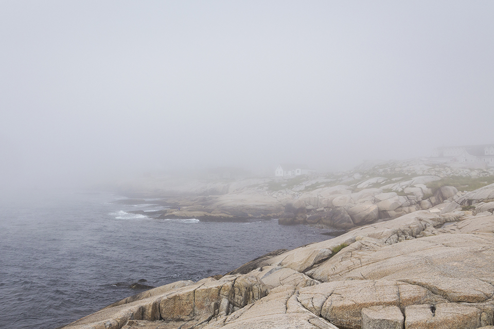 Peggys-Cove-Rocks-Fog